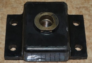 Амортизатор АКСС-400М (4 отв.) (подушка ТТ-4М)